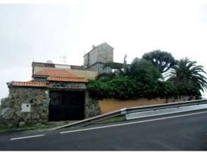Casa en venta en calle calle Pico Viento
