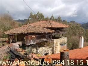 Casa en venta en Caserío Asturiano Con 45000 M2 de Terreno, Para Rehabilitar, Con Tejado Nuevo