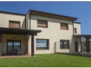 Casa adosada en venta en Comarca de Betanzos - Miño