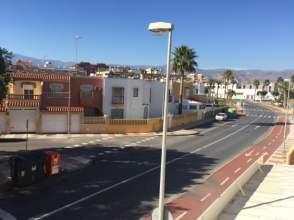 Piso en venta en Roquetas de Mar Ciudad - El Puerto - Romanilla