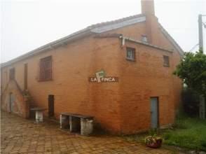 Chalet en alquiler en Oviedo - San Esteban de Las Cruces
