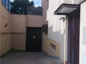 Garaje en alquiler en Paseo Ruiseñores, nº 39