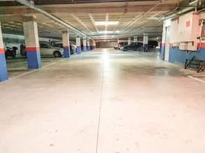 Garaje en alquiler en calle Portuetxe Kalea