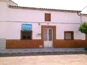 Casa adosada en venta en calle Antonio Machado, nº 32