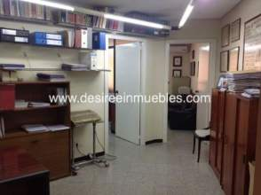 Locales y oficinas con 3 o m s habitaciones en benimaclet for Oficinas la caixa valencia capital