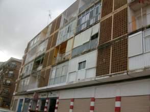Piso en alquiler en Linares