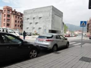 Local comercial en alquiler en Villaviciosa