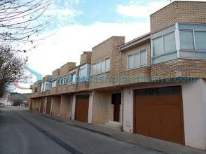 Casa adosada en alquiler en calle Gayarre, nº 15