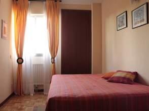 Habitación en alquiler en calle Moro Almanzor, nº 5