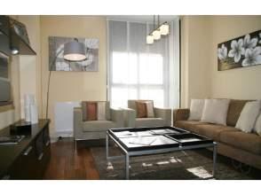 Apartamento en alquiler en calle Santurce 14-16-18-20, Pueblo Nuevo, Ciudad Lineal (Madrid) por 660 € /mes