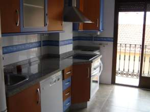Piso en alquiler en Centro, Villanueva de La Serena por 350 € /mes
