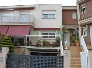 Casa en alquiler en Avenida Pau