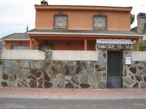 Chalet unifamiliar en alquiler en Avenida Enrique Moya