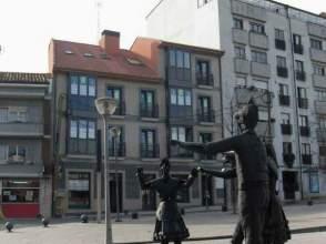 Piso en alquiler en Plaza Les Campes, nº 33