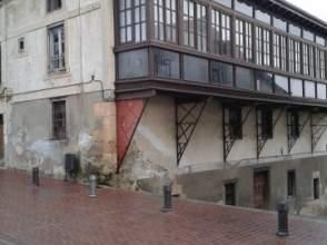 Casa adosada en venta en calle Plaza del Alcazar