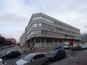Locales y oficinas en acacias distrito arganzuela madrid for Oficinas inem madrid capital