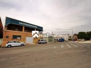 Nave industrial en venta en calle Duque de Huete, nº 70