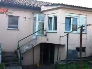 Casa pareada en venta en calle Ramon y Cajal