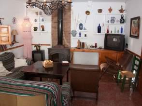 Casa unifamiliar en venta en Carretera de Baza , nº 52, Guadix por 180.000 €