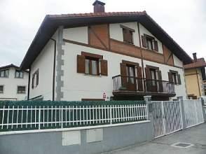 Casa adosada en alquiler en Mikaela Elizegi