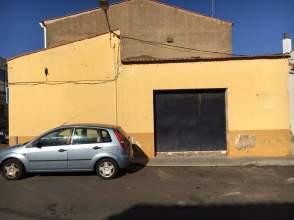 Garaje en venta en calle Torres y Tapia