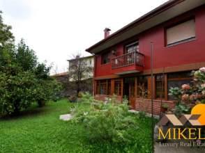 Casa en venta en calle Puente de Solorzano, nº 32