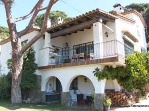 Casa en alquiler en calle Ronda Joan Cases