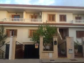 Casa adosada en venta en calle los Nardos