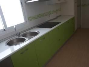 Ático en alquiler en Zona Auditorio, Barrio Pabellón-Estación (El Ejido) por 350 € /mes