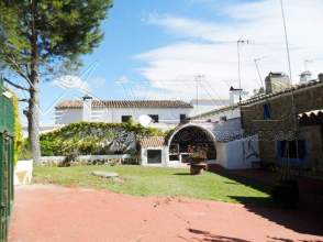 Casa en venta en Urbanización Casas de Requena