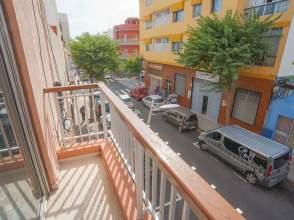 Piso en calle Verdugo y Massieu