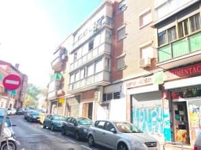 Piso en calle Duquesa de Tamames, nº 30