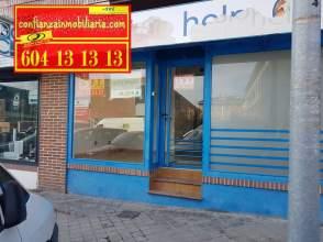 Local comercial en calle Juan Carlos I, nº 53