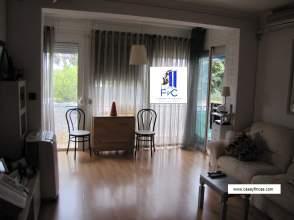 Apartamento en calle Zona Baixador - Avd. Constitución