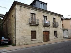 Casa en Carretera Antigua Nacional VI, nº 23