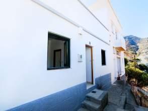 Casa en calle Manuel Rabina, nº 77