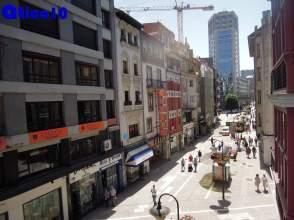 Piso en calle Melquiades Alvarez