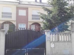 Casa pareada en calle Nuestra Señora, nº 17