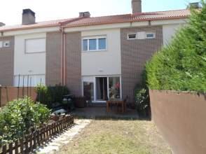 Casa pareada en calle Francisco de Quevedo, nº 37