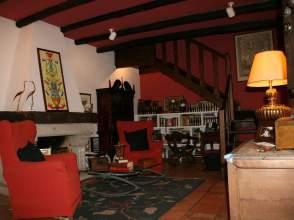 Casa adosada en calle Alférez