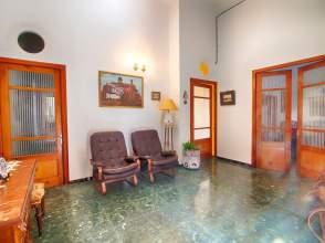 Casa en calle Pintor Abril, nº 7