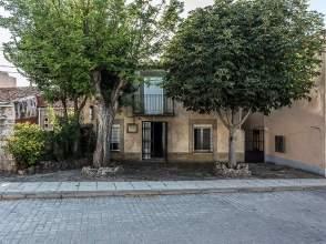 Casa pareada en calle Canton, nº 4