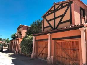 Casa pareada en calle Río Duero, nº 7