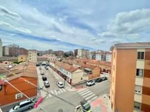 Pis a calle Carmen de Burgos
