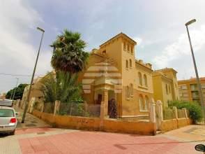 Dúplex en calle Alfonso X El Sabio, nº 23