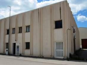 Nave industrial en calle El Vado, nº 9