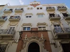 Piso en calle Melchor de Evora