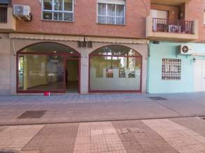 Local comercial en calle Francisco Vera, nº 4