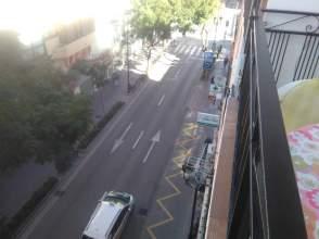 Piso en Plaza de La Constitucion. Fuengirola  Zona Puerto Deportivo