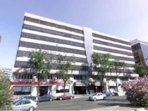 Locales y oficinas de alquiler en pac fico distrito for Abanca oficinas madrid capital